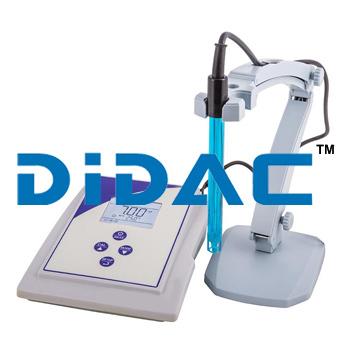 pH Meter Benchtop Digital Microprocessor
