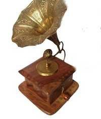 Desi Karigar Antique Sheesham Brass Inlay Gramophone Show Piece