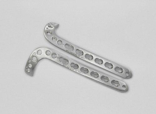Locking Antero Lateral Distal Tibia Plate (L & R)