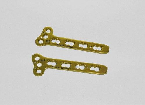 Locking Oblique 'T' Plate (Left & Right) Titanium