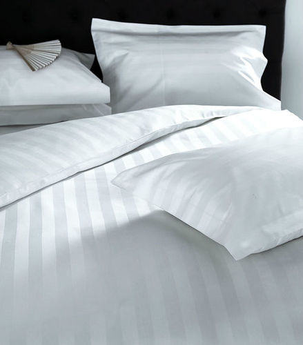 Pillow & Pillow Covers