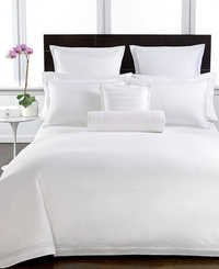 White duvet cover set