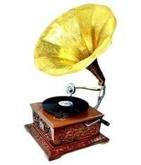 Desi Karigar Amazing handcrafted vintage gramophone