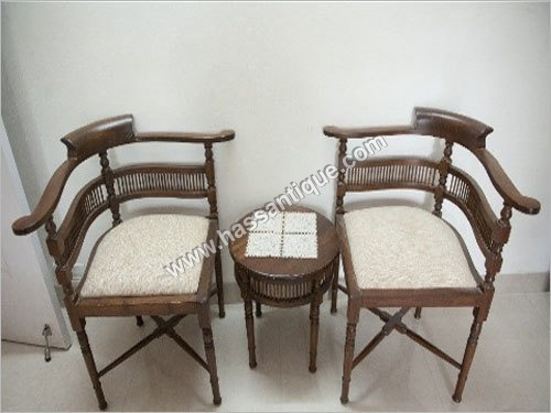 Corner Chair And Table