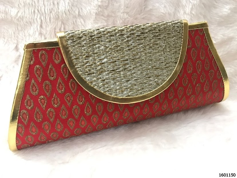 Bold And Stunning Look Silk Evening Clutch Bags