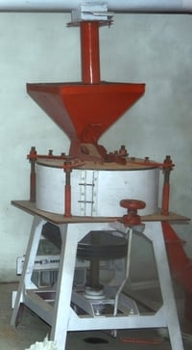 Flour Grinding Machine