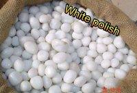 GARDEN DECORATION WHITE PEBBLES