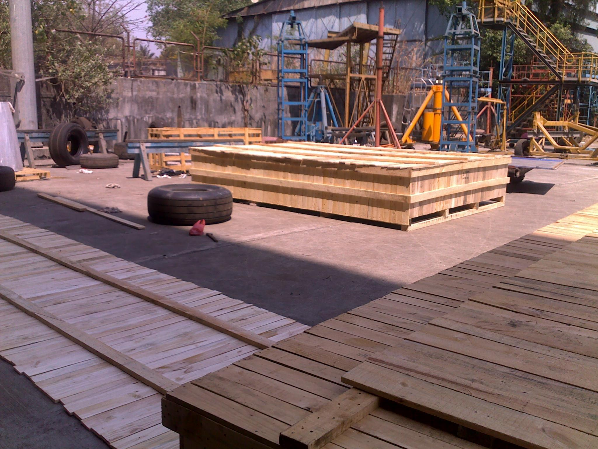 Pinewood Pallet Stock