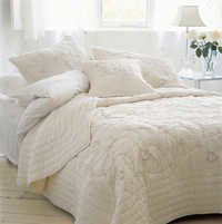 Silhouette Quilted Bed Cover