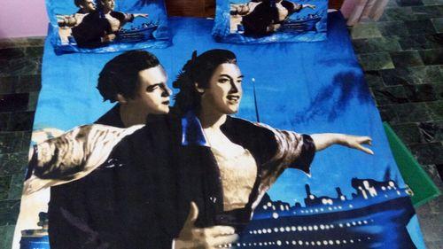 titanic  bedsheet