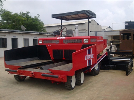 Paver Construction Machine