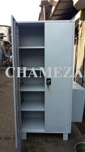 Storewell Unit with Concealed Lock