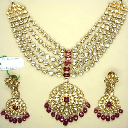 Five String Uncut Diamond Necklace