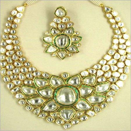 Green Takkar Necklace