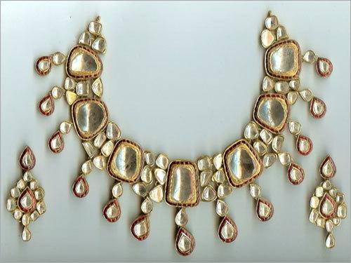 White Polki Necklace