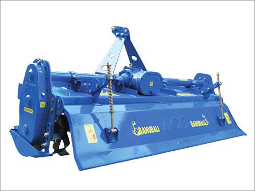 Wheel Combine Harvester