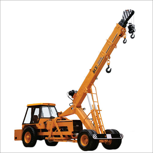 18XW Pick And Carry Cranes