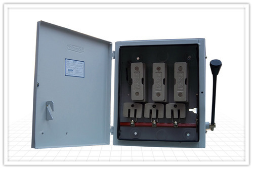 TPN Switch Fuse Unit 63 Amp