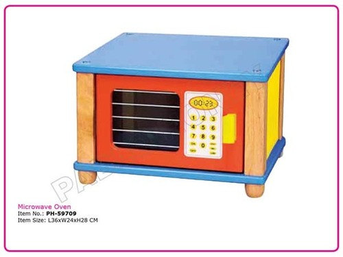 Wooden Role Play  Microwave Oven