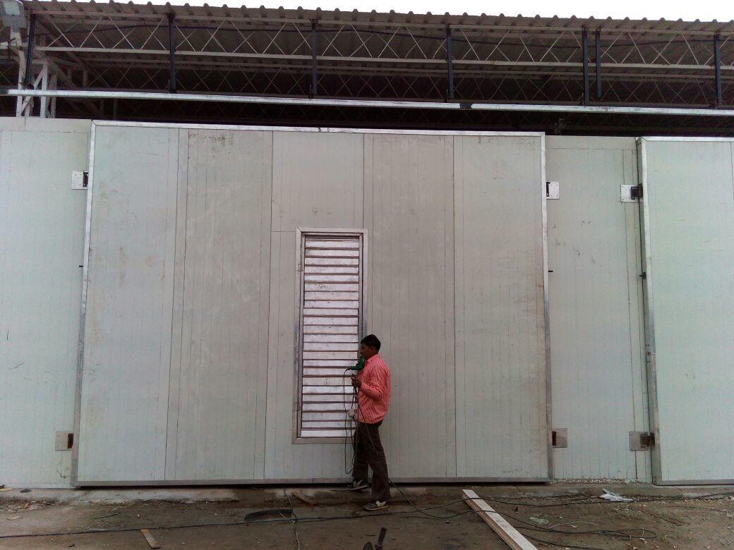 AC ROOM DOOR WITH LOOVER