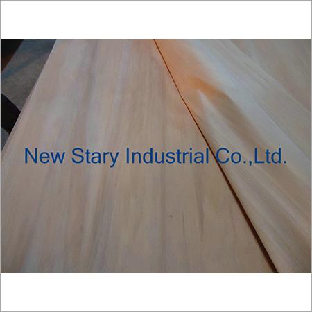 Rotary Cut Radiate Pine Veneer