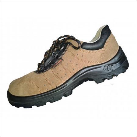 Sporty Safety Shoe