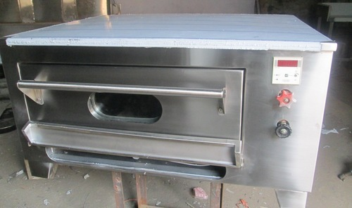 Kitchen Pizza Oven LPG Operated