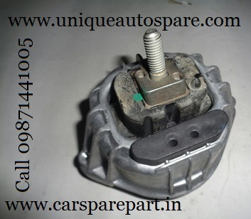 Engine mounting Mercedes C class