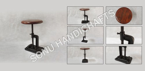 IRON STOOL WITH WOODEN SEAT