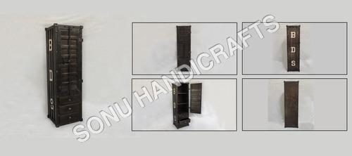 Iron drawer chest