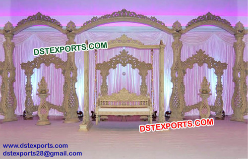 Exclusive Wooden Wedding Stage