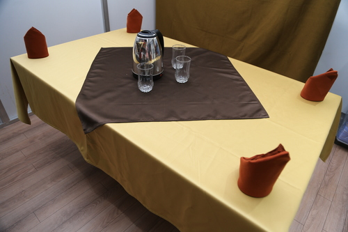 Shinning Table Runner