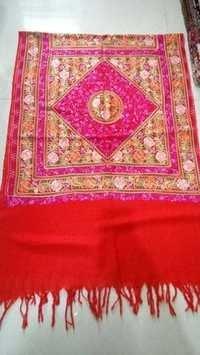 ari emb shawls