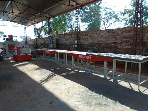 Manual Concrete Pavers Blocks Machinery – Vibrating Table Type