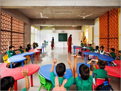 E Coat for Schools and Kindergarten