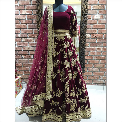 Fashionable Bridal Lehenga