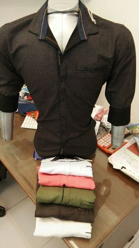 doted prited shirt