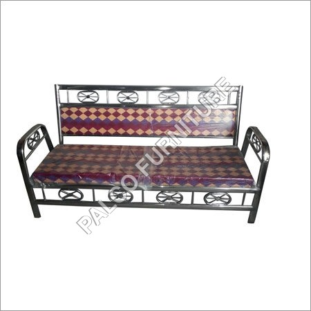 Three Siter Sofa
