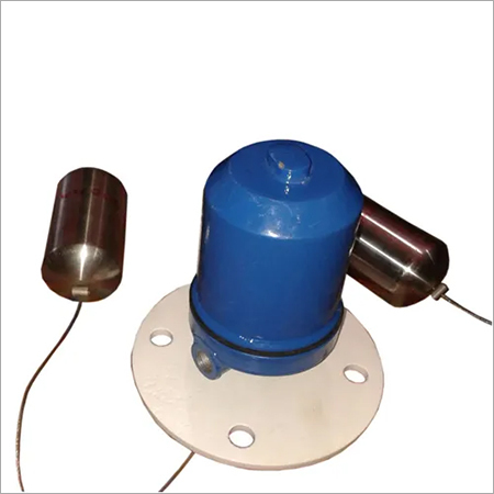 Displacer type Level Switch