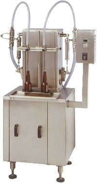 Semi Automatic Volumatric Liquid Filling Machine