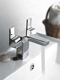 Brass Center Hole Basin Mixer Castor