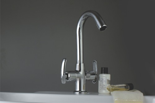 Brass Central Hole Basin Mixer Rainy