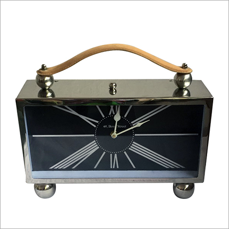 Radio Designed Table Clock