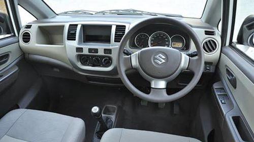SPY CAMERA IN CAR DASH BOARD