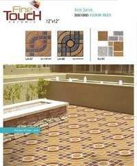 装飾的な床タイル