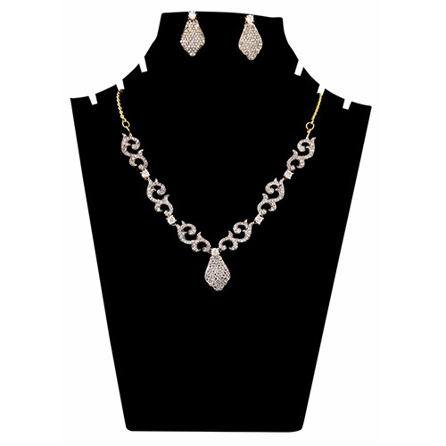 Fancy Neck Necklace