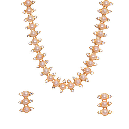Sweet Pearl Necklace