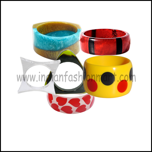 Classic Style Resin Bangles