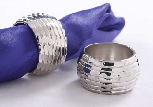 Diamond Cut Round Napkin Ring
