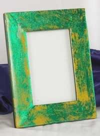 Green Golden Touching Picture Frame